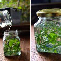Stimulating Rosemary & Mint Hair Oil Recipe | littlegreendot.com