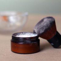DIY Translucent Face Powder | littlegreendot.com