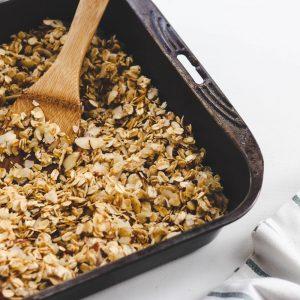Homemade Granola | littlegreendot.com